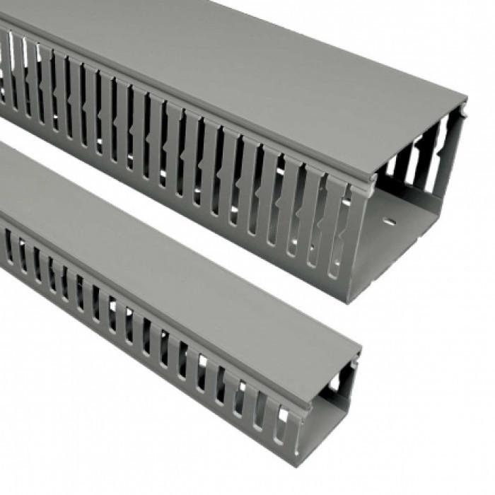 Перфорированный канал, размер 60X60, цвет серый