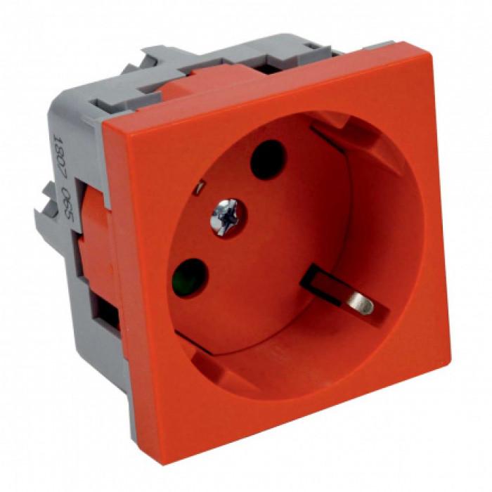 Розетка силовая qp 45x45 c (bb) quadro красная с защитными шторками